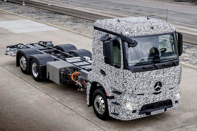 Электрический грузовик от Mercedes-Benz