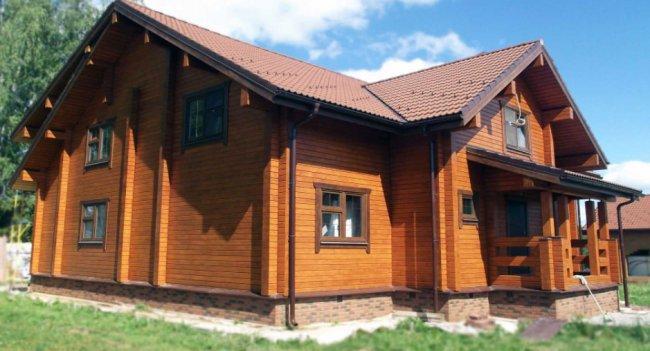 Профессиональная покраска деревянного дома – делаем правильно