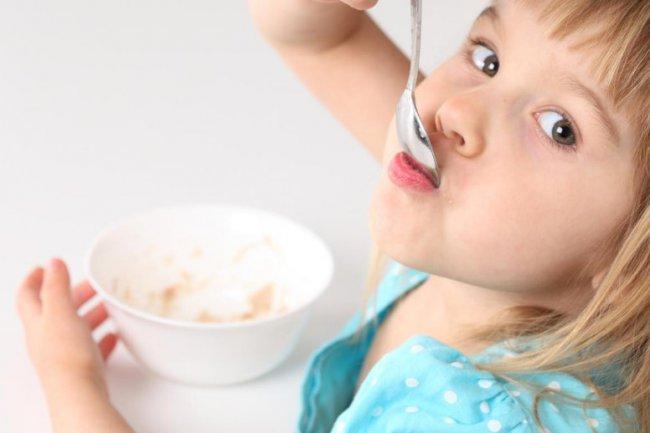 Сок и молоко – стоит ли включать в детское питание? 2