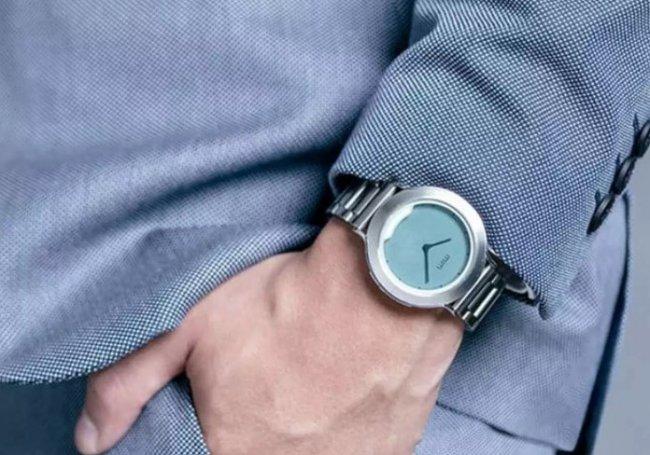 Умные часы с невидимым дисплеем 2