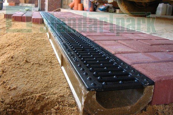 Особенности оборудования поверхностного дренажа на приусадебном участке 2