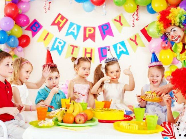 Настоящий День рождения только раз в году в кафе города Армавир