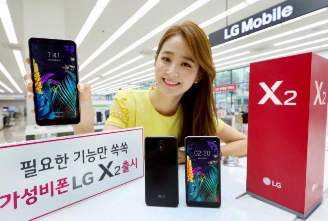 Новый смартфон начального уровня от LG: мощный и стильный