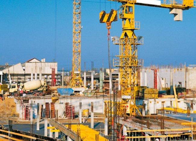 Снабжение строительных организаций оборудованием и инструментами